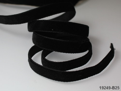 19249-B25 Stuha SAMETOVÁ 10mm ČERNÁ, á 1m