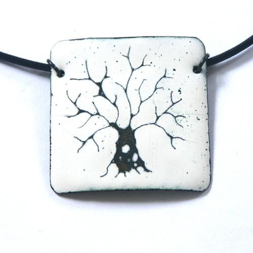 Bílý strom I - smaltovaný náhrdelník
