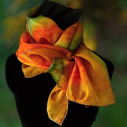Hedvábný šál - Zeleno oranžový