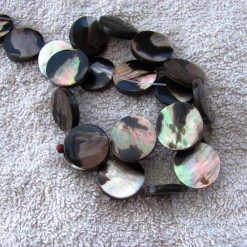 Kolečka perleť vrstvená