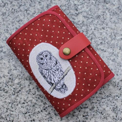 """Peněženka \""""Dots in red and owl\"""" zmenšená verze"""