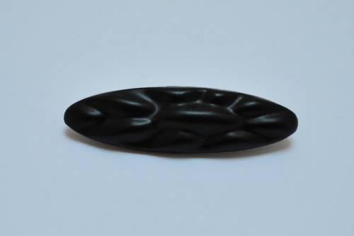 Skleněná černá brož 46x13 mm