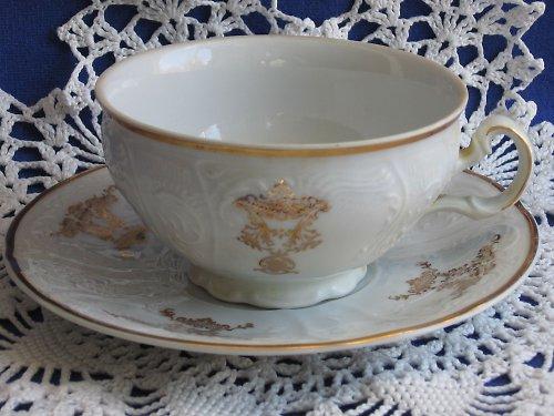 Čajový  šálek  s podšálkem  -  Bernardotte
