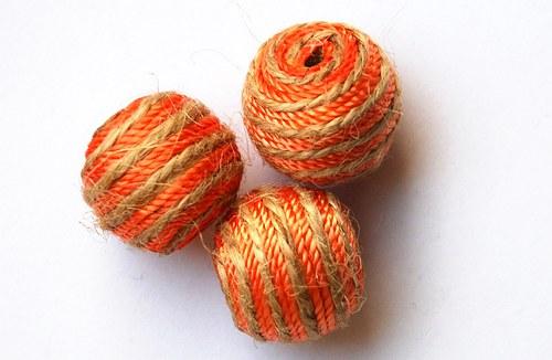 korálky bavlnkové- 20mm
