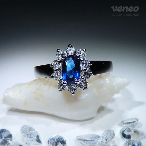 Isabela 6 - prsten se safírem a čirými zirkony