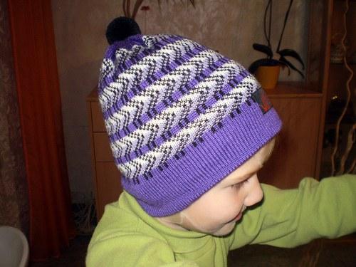Čepice s norským vzorem
