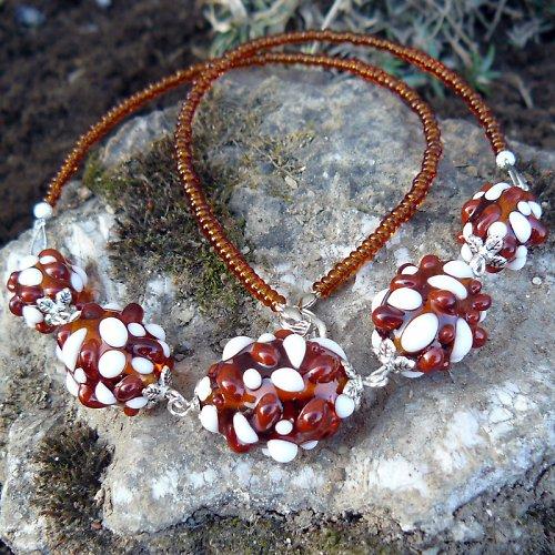 Náhrdelník - hnědé mozaikové olivy
