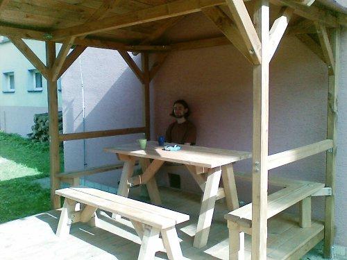 Stůl a 2 lavice