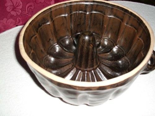 Bábovka - keramika
