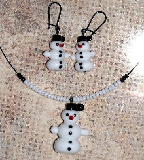 Souprava -  sněhulák - vinuté perle