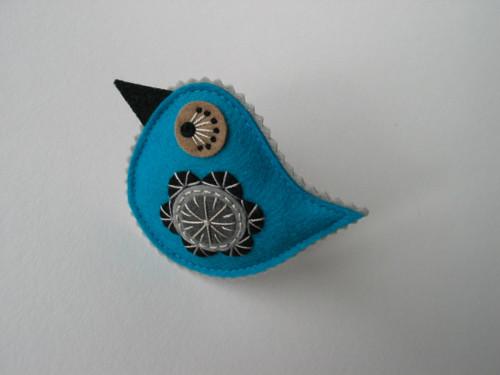 """brož ptáček- \""""COLOUR\""""; tyrkysová (Turquoise)"""