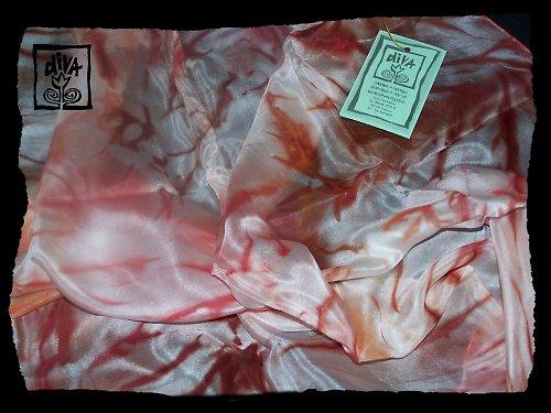 Hedvábný šátek mramorovaný v barvě skořicově hnědé