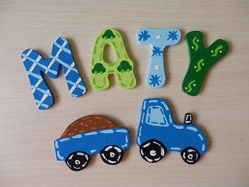 Dřevěné písmenka + dekorace Traktor s vlečkou