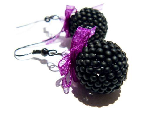 Černá fialka