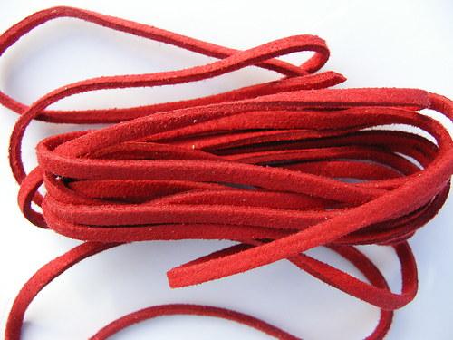 Imitace kůže, červená 3 mm