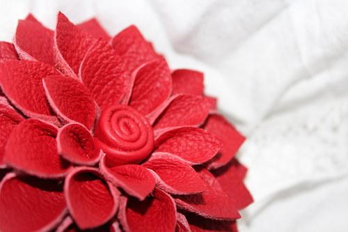 Červená kráska - střední SLEVA!!