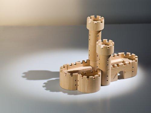 Stavebnice středověkého hradu Maxburg