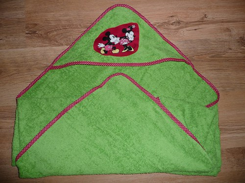 Dětská koupací osuška s patchworkovou aplikací