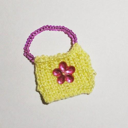 Kabelka s květinkou