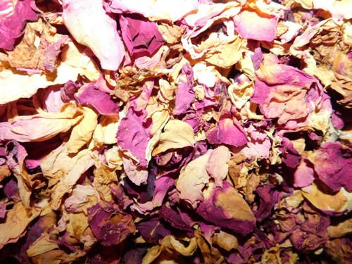 Růže plátky sušené
