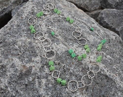 Šperk - Zelený pásek
