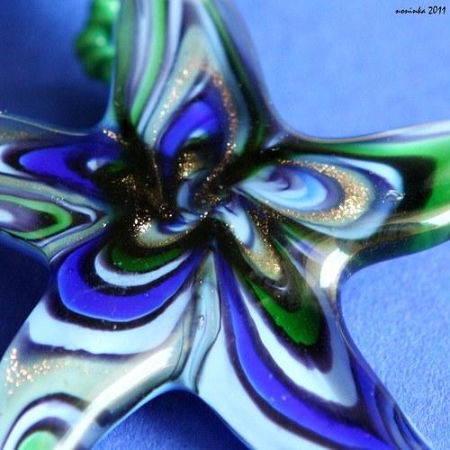 Šitá modro-zelená hvězdice