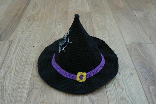 Návod na háčkovaný čarodějnický klobouk