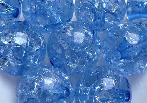 Plast. kraklovaná kulička 12 mm - sv. modrá / 2 ks