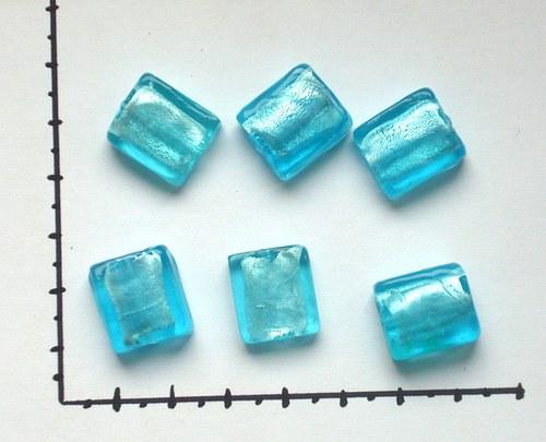 Skleněné korálky modrá,2 ks