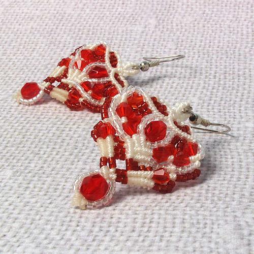 Macramé náušnice Alžběta červeno-bílé