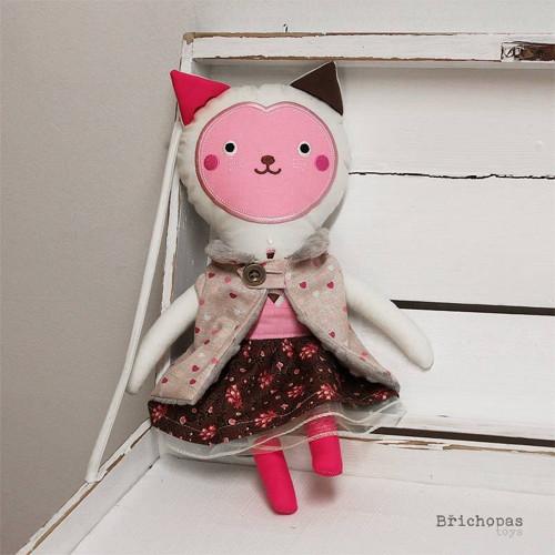 Madlen - kočičí panenka