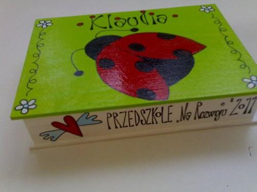 malovaná krabička  s beruškou