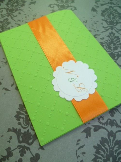 zelenooranžové svatební oznámení se vzorem
