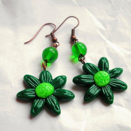 Zelené kytí tmavší