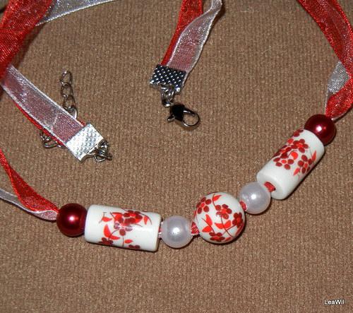 Rumělkový porcelánový náhrdelník