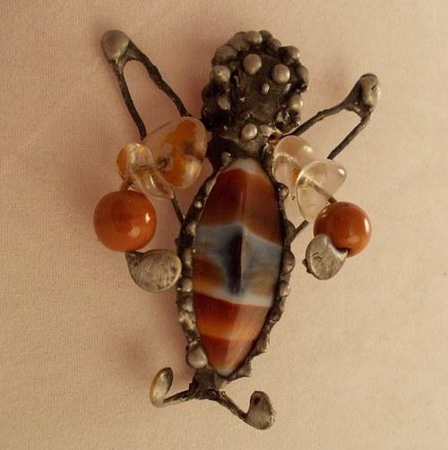 cínovaný šperk BROUČEK nebo ANDĚL?