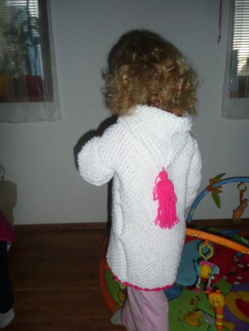 ručně pletený kabátek