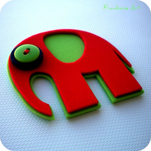 Červeno zelený slon