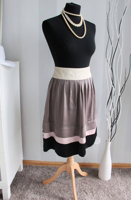Luxusní chic sukně čtyř barev