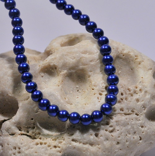 36. Voskové perle 4 mm/30ks/ tmavá modrá