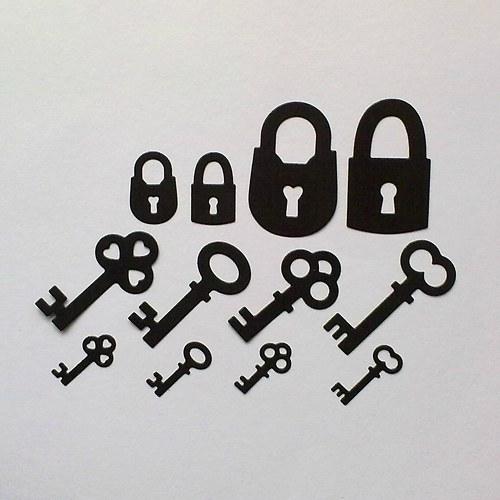 Výsek - Klíče a zámek 12ks