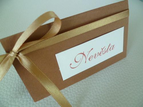hnědá čokoládová jmenovka na svatební stůl...