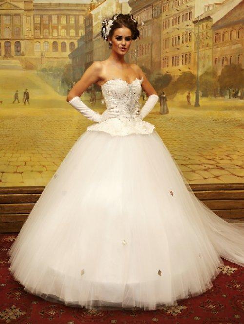 svatební šaty Sissi