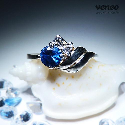 Vega - prsten s topazem a čirými zirkony