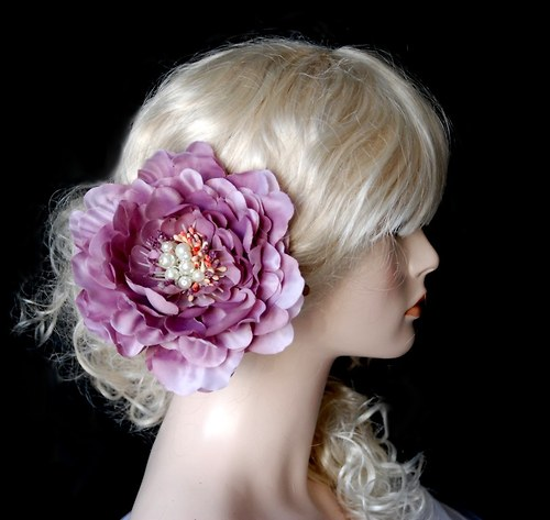 Květina do vlasů Peony purple