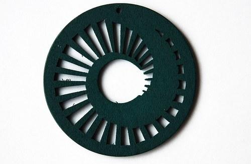 dřevěné kolečko 60 mm- tm. zelené