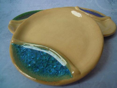 KERAMICKÉ talířky se sklíčky