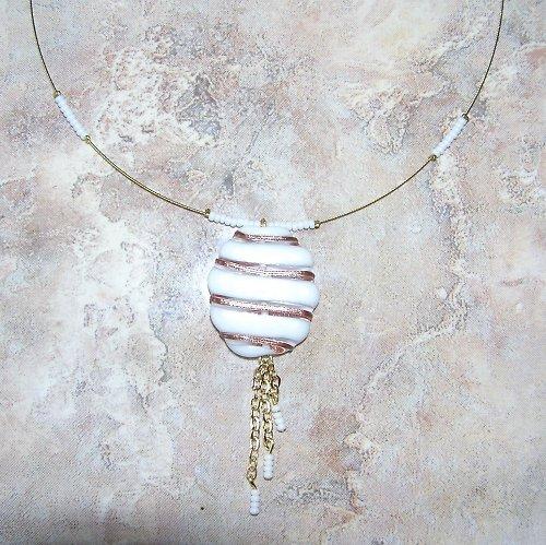 Elegantní placka - vinutá perle