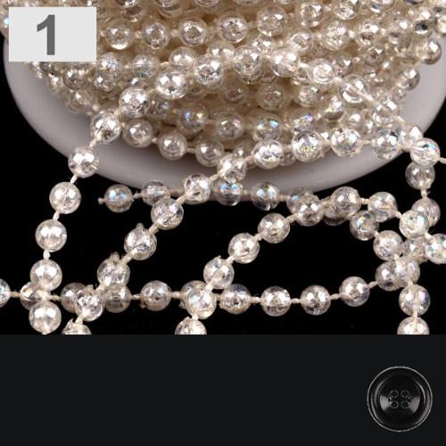 Plast. korálky na šňůře čiré pr.4mm (5m) - bílá