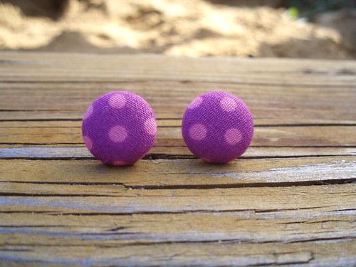 Buttonkové naušnice puntíkaté